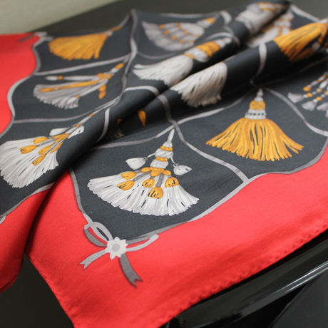 *SALE* ¥3456→¥2180* Silk scarf square -Tassel
