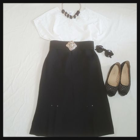 Simple black design skirt
