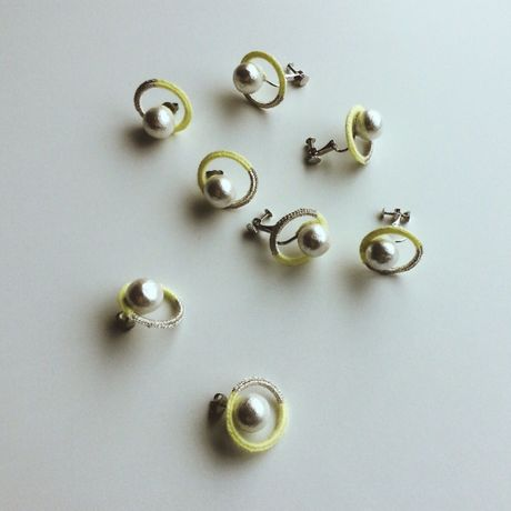 circle earring / pierce  color  : lemon + silver