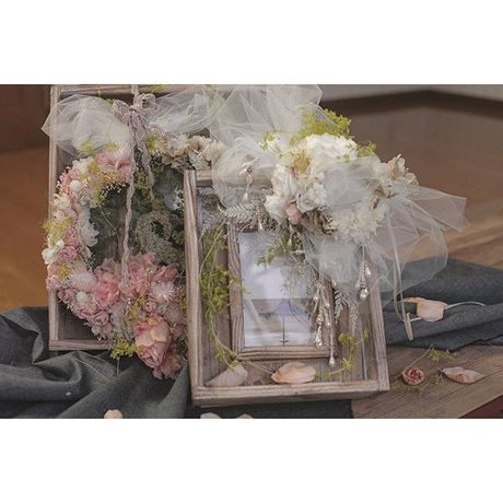 wedding phot fream arrangent  small
